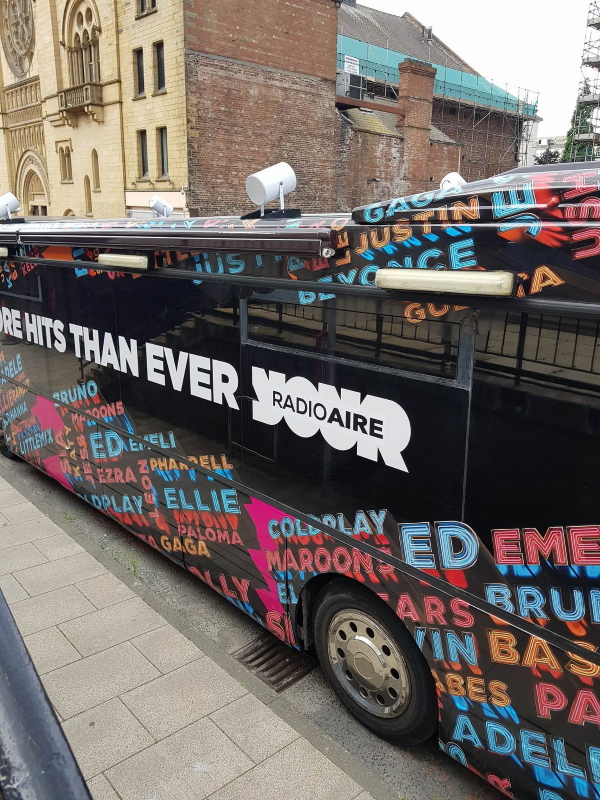 RSP08 Radio Aire Promotional Bus